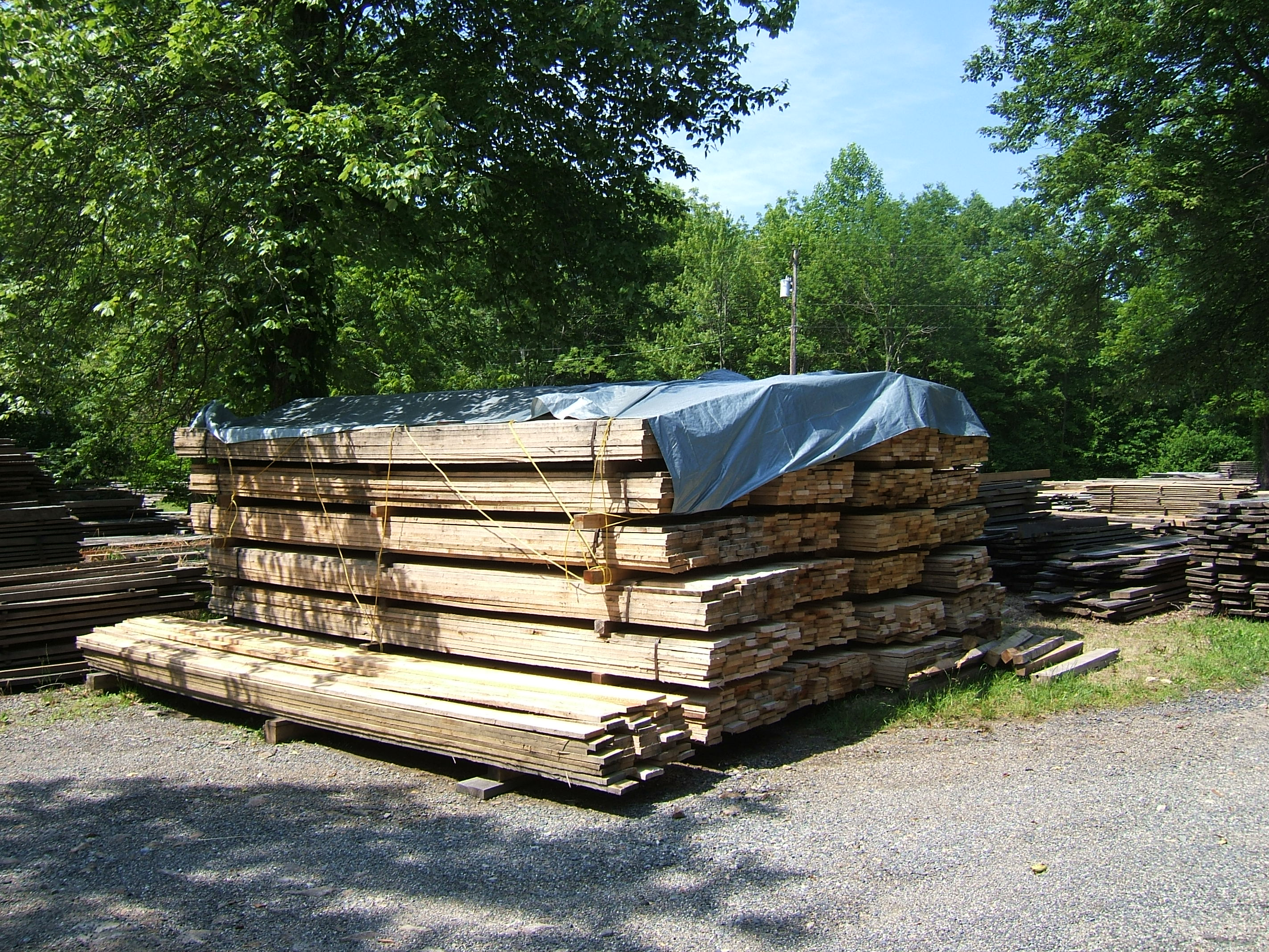 Crevelings Sawmill Horse and Landscape Products